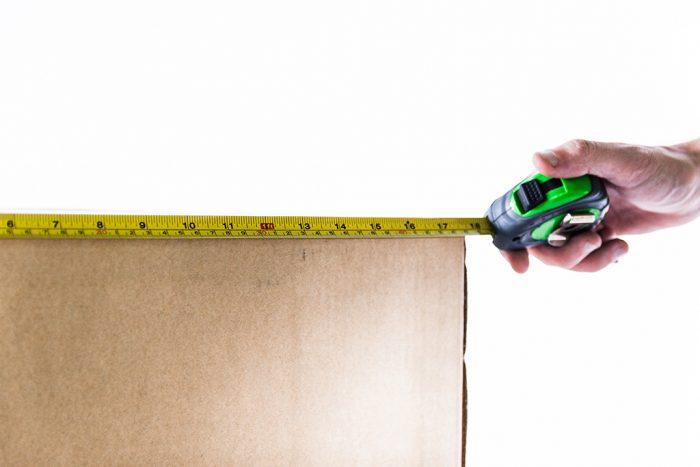 tape-measure-box-use